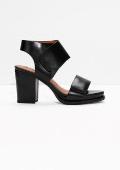 & Other Stories   Block Heel Sandals   Black