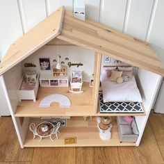 Modern dollhouse boho style - Ikea dollhouse renovation This modern dollhouse makeover of the versatile Ikea dolls house is full of scale miniature furniture, handmade dollhouse accessories, boho cushions, rainbows, cork and origi Diy Barbie Furniture, Miniature Dollhouse Furniture, Furniture Plans, Diy Dolls House Furniture, Diy Dollhouse Miniatures, Homemade Dollhouse, Miniature Dollhouse Accessories, Dollhouse Design, Handmade Furniture
