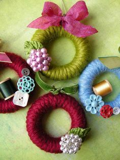 Christmas Countdown – Day Twelve, DIY and Crafts, mini wreaths for the tree. Diy Christmas Ornaments, Homemade Christmas, Christmas Projects, Christmas Tree Decorations, Holiday Crafts, Christmas Wreaths, Curtain Rings Crafts, Curtains With Rings, Christmas Countdown