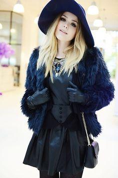 COAT / HAT / GLOVES #style #fashion