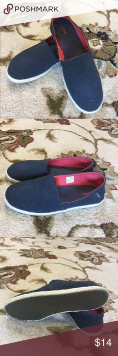 Ladies espadrilles size 7.5 Cute ladies espadrilles size 8 in navy from L.L.Bean.  These were worn once - perfect for summer!! L.L. Bean Shoes Espadrilles