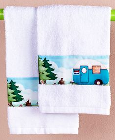 Retro Camper Design on Border. The retro camper design of the border will make you feel like you're camping in the great outdoors! Set of 2 Hand Towels. Keep the Set of 2 Hand Towels close to the sink. Blue Hand Towels, Hand Towels Bathroom, Hand Towel Sets, Kitchen Towels, Retro Rv, Retro Camping, Camping Kitchen, Camping Style, Rv Camping