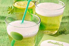 http://www.chefkoch.de/rezepte/668471168850775/Maibowle.html