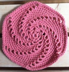 Ravelry: Rose Swirl Crochet Dishcloth pattern by Kathleen Bonatti Crochet Kitchen, Crochet Home, Crochet Crafts, Crochet Projects, Free Crochet, Knit Crochet, Beginner Crochet, Easy Crochet, Crochet Motifs