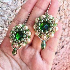 Серьги с риволли Зеленые серьги Серьги из бисера