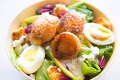 Here are some clean eating tips for beginners just starting out. What is clean eating? Seafood Recipes, Keto Recipes, Dinner Recipes, Healthy Recipes, Ketogenic Recipes, Tasty Meals, Noodle Recipes, Delicious Recipes, Crockpot Recipes