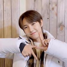 Nct 127, Ten Chittaphon, Catch Feelings, Huang Renjun, Jisung Nct, Nct Taeyong, Beige Aesthetic, Na Jaemin, Winwin
