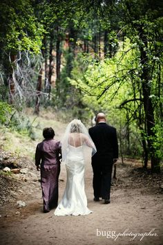 escorted by her parents | dania + jake | west fork sedona | rev. andrew murphy sedona minister | laura marolakos sedona planner | buggphotographer