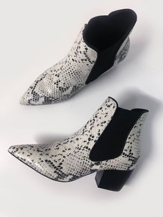 Reptile-textured genuine leather upper Black and white snakeskin print Pointed toe Elastic side gussets Leather lining Slip-on design block heel Bb Style, Snake Skin, Block Heels, Slip On, Booty, Black And White, Bee, Leather, Shoes