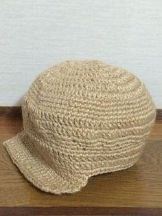 長編みと細編みを組み合わせて、主張しすぎないボーダー風に編んだ帽子です。2歳ぐらいの子ども用です。男の子用なので、シンプルに飾りはなしです。2枚目の画像が、2...|ハンドメイド、手作り、手仕事品の通販・販売・購入ならCreema。