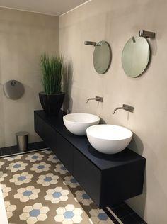 IO #washbasin in Intercodam, #Amsterdam #Holland. www.signweb.it/prodotti/io/ __ SIGN #bathroom #design #aroundtheworld