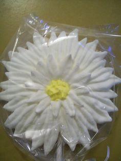 Daisy Wedding Favor Sugar Cookie  2 Dozen by KimsCountryCorner, $50.00