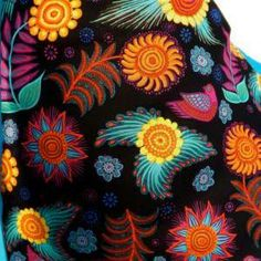 FOLK INSPIRED MEXICAN FLOWERS BLUE TRIMMED APRON. on Luulla