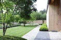 Garden Design Ideas : Modern garden with simple clean lines