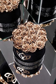 Black - Crystal Edition Box with Red Roses Flower Box Gift, Flower Boxes, Bolo Chanel, Million Roses, Rosen Box, Diy Cadeau, Crystal Box, Preserved Roses, Luxury Flowers