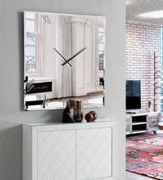 ESPEJO CON RELOJ ATRIL, espejo de pared con un diseño preparado para hogares que buscan la diferencia en su decoración. Espejos con reloj incorporado. Mirror Wall Clock, Mirror Art, Mirrored Nightstand, Decoration, Living Room Decor, Home Furniture, Diy Home Decor, Wall Decor, House