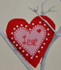 Handmade Felt Valentine Heart by Rosina Huber, via Flickr
