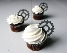 12 Bicycle Gear Cupcake Toppers (Acrylic)