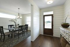 Top Shiplap Looks from the Fall 2016 Parade of Homes