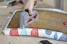 DIY: tapicerka Tools, Diy, Instruments, Bricolage, Do It Yourself, Homemade, Diys, Crafting