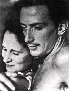 S. Dalí y Gala