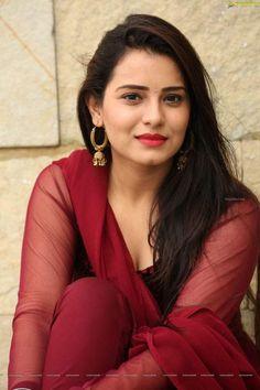 Beautiful Girl In India, Beautiful Girl Image, Most Beautiful Indian Actress, Beautiful Actresses, Gorgeous Women, Beautiful Saree, Cute Beauty, Beauty Full Girl, Beauty Women