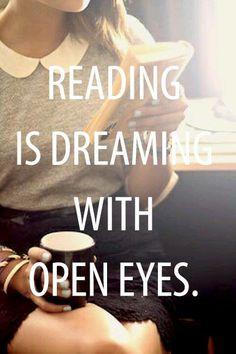 Leer es soñar con los ojos abiertos.