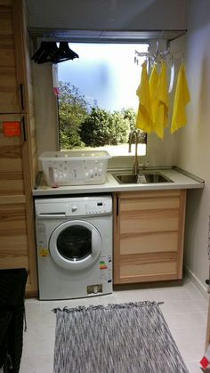 The perfect laundry according to IKEA? - Home Decoration Garage Bathroom, Laundry In Bathroom, Ideas 2017, Ikea Inspiration, Cool Diy Projects, Craft Projects, Sustainable Design, Kitchen Organization, Interior Design Living Room