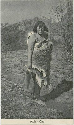 Mujer Ona Central America, South America, Southern Cone, Australian Aboriginals, Latina, Melbourne Museum, Native American Photos, Outdoor Portraits, American Spirit