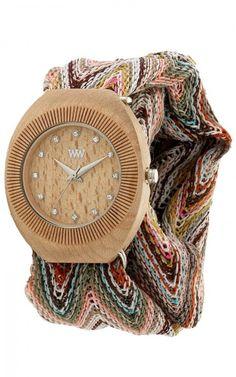 WeWood Belle Armbanduhr aus Holz inkl. zwei Armbänder  So stylisch kann Umweltschutz sein. Der Designer Alessandro Rossano aus Florenz orientiert sich beim Design der WeWood Uhren an der Schönheit der Natur.