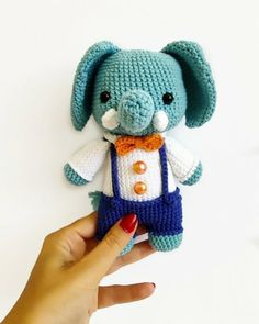 Learn how to crochet cute toys like this elephant by @facette__, with DMC's free craft and crochet patterns!