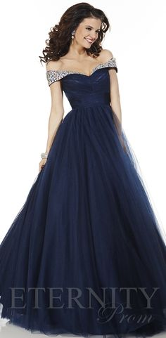 61123 prom dress for Eternity Prom. View more prom dresses at http://www.eternityprom.co.uk/collection-intro.asp