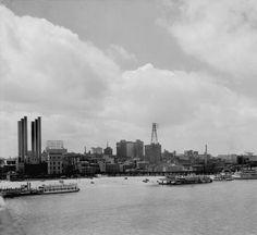 Waterfront, Louisville, Kentucky, 1930. :: Caufield & Shook Collection