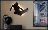 skateboarder theme - skateboard theme room - skateboarding room - skater room decorating ideas - Decorating for teenage boys bedroom - Urban style decorating skateboarding theme - Cityscape urbanite style decorating sports-themed extreme sports