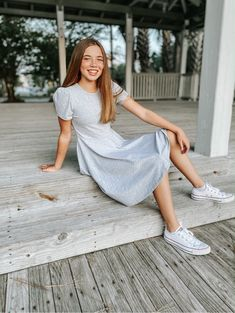 Girls Fall Outfits, Teenage Girl Outfits, Little Girl Dresses, Girls Dresses, School Dresses, Summer Dresses, Classic Girl, Minimalist Dresses, Little Girl Fashion