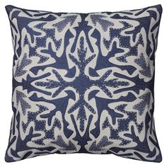 The contemporary blue medallion design of the Rizzy Home Applique and Embroidered Dimensional Blue Accent Pillow is sure to make a statement on your. Blue Throw Pillows, Sofa Pillows, Floor Pillows, Accent Pillows, Decorative Throw Pillows, Decorative Accents, Cushions, Pillow Inserts, Pillow Covers