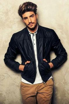 I want my hands to get lost in his hair. Mariano di Vaio
