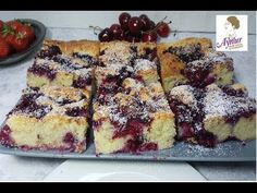 A delicious sheet cake with fruity berries and coconut in just 15 minutes✅ . New Cake, Pudding Desserts, Food Cakes, Fruit Cakes, Easy Cake Recipes, Bread Rolls, Yummy Cakes, Love Food, Banana Bread