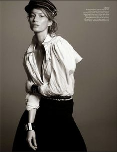 "Vogue Paris Fevereiro 2015 | ""Studio Vogue"" by David Sims - Chanel"
