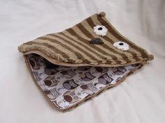 Stana's Critters Etc.: Knitting Pattern for Owl tablet case