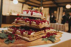 Mille Feuille Wedding Cake #freshfruit #redberries #weddingcake #millefeuille #weddingideas #weddinginspiration  #elisaluca2017