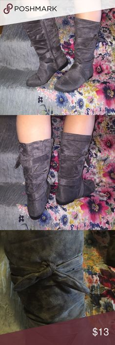 """Fashion Boots!  Gray Suede mid calf about 13"""" from the floor.  1"""" heel.  Side zipper closure.  Cute with legging! Comfort View Shoes Heeled Boots"""