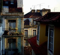 arranjando:     Lisboa Story-22 by Ramón Peco on Flickr.