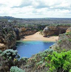 Loch Ard Gorge Beach, Port Campbell Nemzeti Park, Victoria, Ausztrália