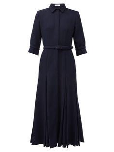 Iconic Dresses, Nice Dresses, Short Dresses, Dresses For Work, Classic Dresses, Muslim Fashion, Modest Fashion, Style Bleu, Mode Simple