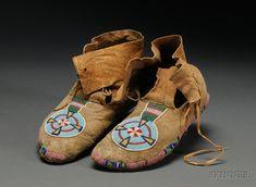 Plains Beaded Hide Moccasins | Sale Number 2442, Lot Number 116 | Skinner Auctioneers