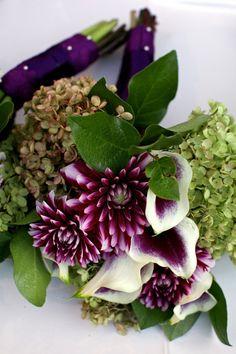 Purple-Dahlia-Wedding-Bouquet | Purple Fall Flowers