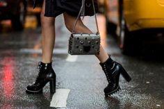 Οι λεπτομέρειες που μας έκλεψαν την καρδιά στους δρόμους της Νέας Υόρκης   μοδα , street style   ELLE