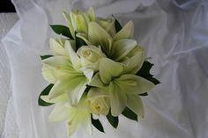 Cream lilies. www.wanakaweddingflowers.co.nz/gallery.php