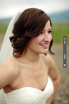 short hair curled and down for wedding | CHECK OUT MORE IDEAS AT WEDDINGPINS.NET | #weddinghair